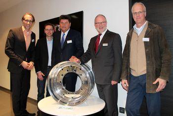 Veranstaltung mit Gastgeber Ralf Hämmerling und BVMW-Kreisgeschäftsführer Udo Wiemann (Mitte) mit den Referenten